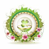 Circular floral frame with clover