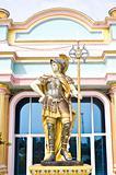 statue roman