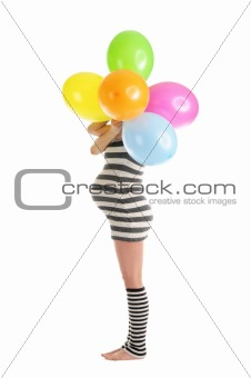 pregnant woman hid behind balloons
