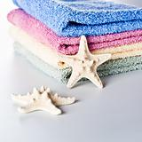 towels and sea star 