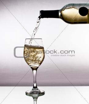 Pour white wine
