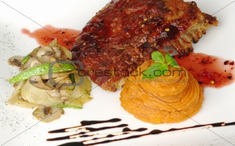 Ribs with Vegetables and Sweet Potato Puree