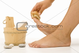 Foot cleaning 1