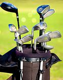 golf clubs in a bag
