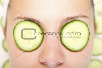 Cucumbers on eyes