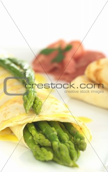 Green Asparagus in Crepes