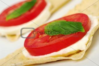 Appetizer: Tomato, Mozzarella and Basil on Crocantini