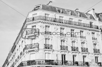 Architecture of a parisian old building