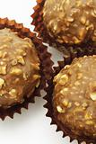 Chocolate and nuts balls