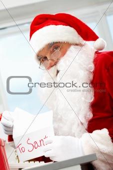 Opening Christmas letter