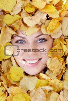 Face in foliage