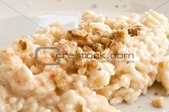 Rice walnut shrimp and champagne