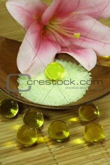Bath oil pearls