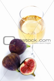 Fresh figs and wine