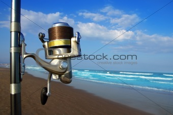 Beach surfcasting spinning fishing reel and rod