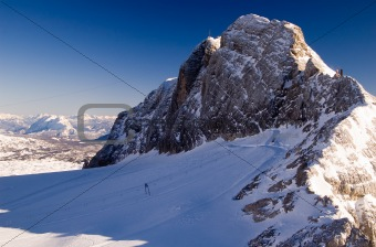 Skiing in Dachstein with amazing view