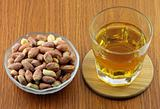 Whisky with peanuts