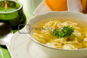 Tortellini in bouillon