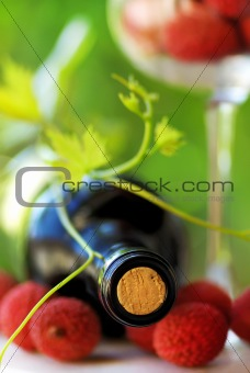 Red wine and red fruits.