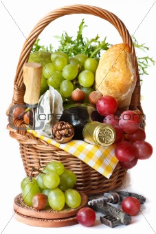 Beautiful basket for picnic.