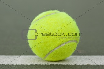 A yellow tennis ball