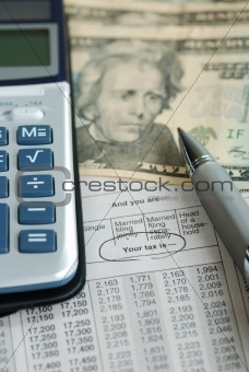 Calculator on the income tax table