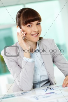 Calling businesswoman