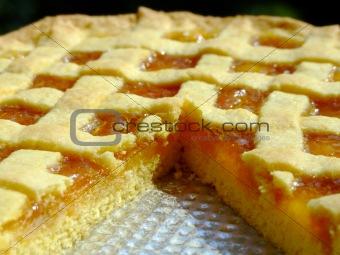 Apricot marmalade tart