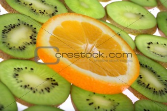 Background oranges and kiwi