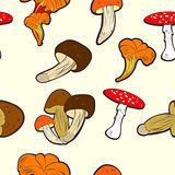 Seamless wallpaper with mushrooms