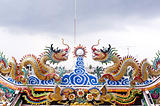 dragon statue in china temple