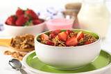 Wholewheat Flakes with Fresh Strawberries