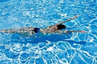 Man swimming under water