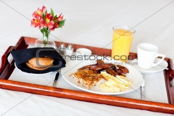 breakfast on the tray