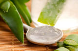 aloe vera juice with fresh leaves