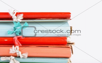 Folders with ribbon bows