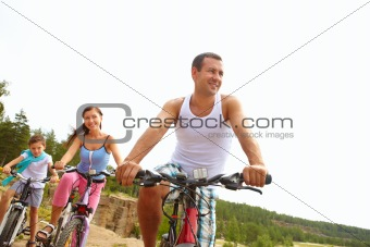 Sportive husband
