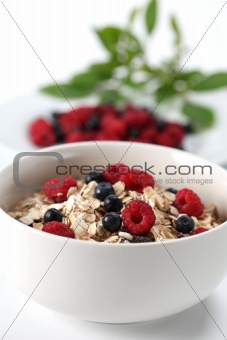 Granola with raspberries and blueberries