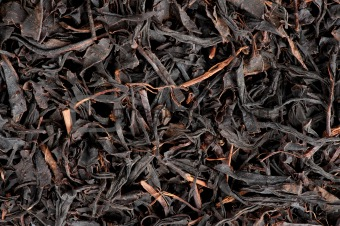 dry black tea leaves
