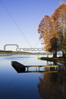 Automn scene by the lake
