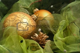Christmas Ornaments / green & gold