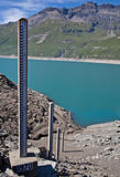 Dam water level measurement