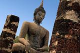 sukhothai buddha statue temple ruins