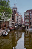 The morning Amsterdam canal