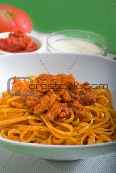 tomato and chicken pasta