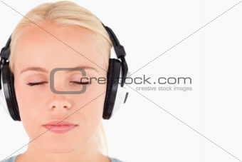 Close up of a gorgeous woman with headphones