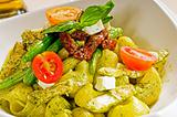 pasta pesto and vegetables
