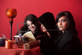 Three Witches Reading