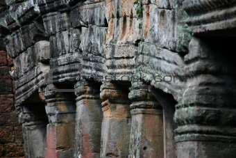 Alignment of columns in a temple in Angkor