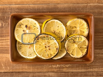 grilled lemon slices